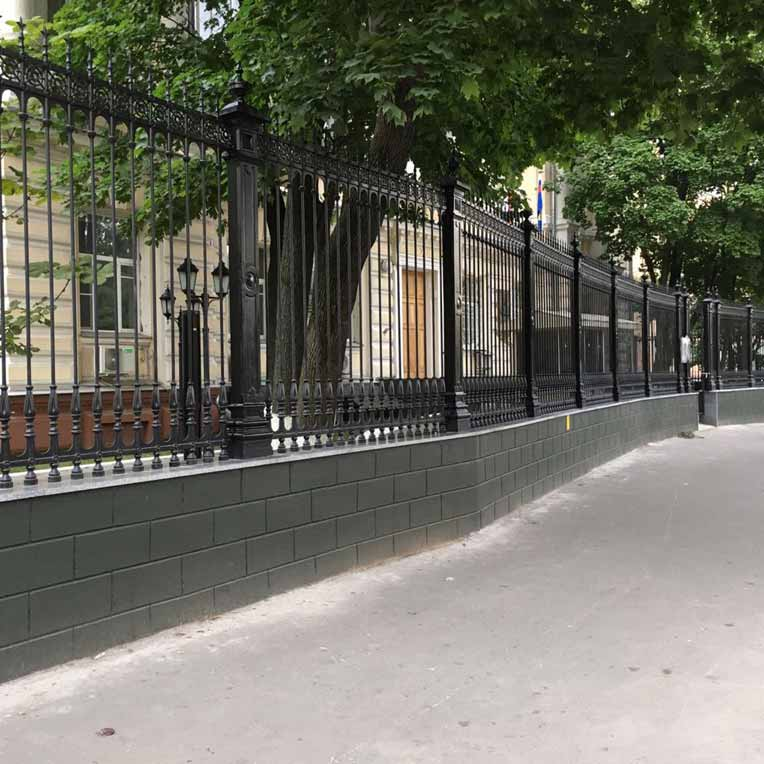 Чугунный забор в главную военную прокуратуру г. Москвы