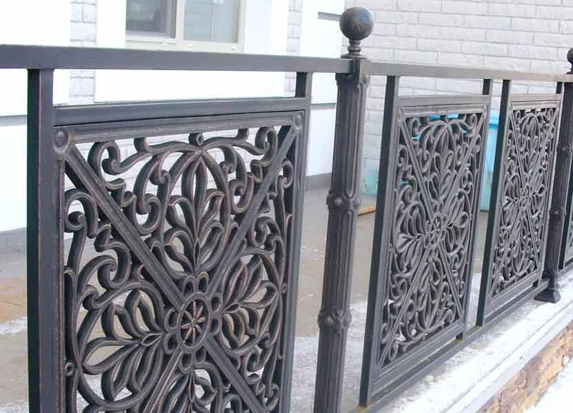 Забор из чугуна